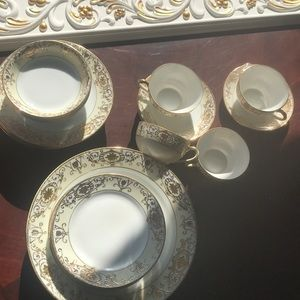 Gold Hand painted NORITAKE set of 4